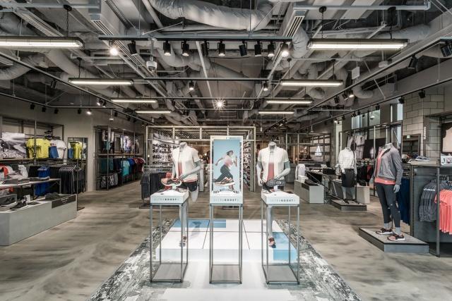 コスト半分で来店率1.4倍、アディダスの店舗連動広告の集客力(画像)
