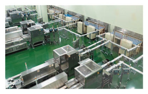 その後30分程度、ガイドの案内を受けて工場の生産ラインを見学