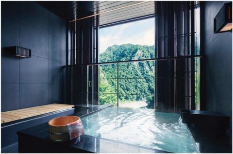 2019年初夏に開業予定の「星のやグーグァン」。高速鉄道、台中駅からクルマで約90分の温泉地グーグァン(谷關)にある。客室は全50室で、全客室に半露天風呂の大浴場フロアを備える。1泊1室5万~8万円(予定)