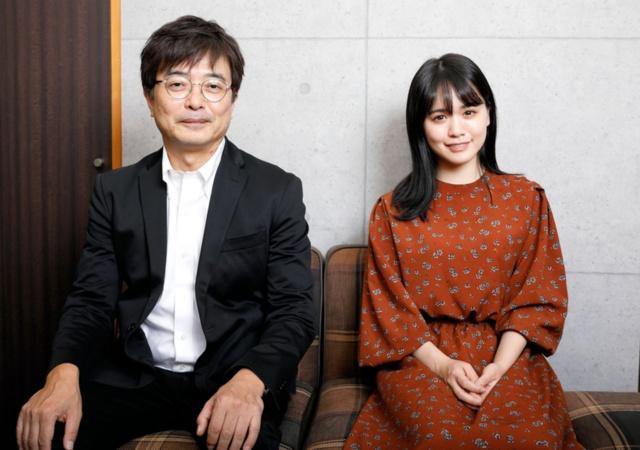 エステー執行役エグゼクティブ・クリエイティブディレクターの鹿毛康司氏(左)と菅本裕子氏