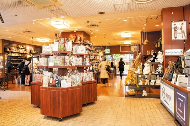 三省堂書店が手掛ける雑貨店 本と同じくストーリーで売る(画像)