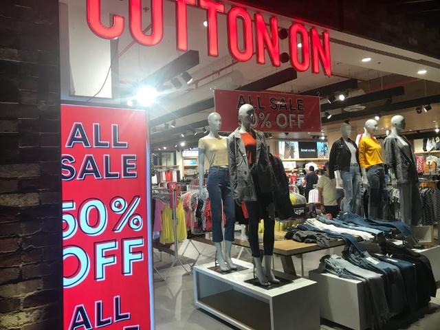 安価で若者に人気のオーストラリア発のファストファッションブランド「Cotton On」。アジア圏にも進出して成功している
