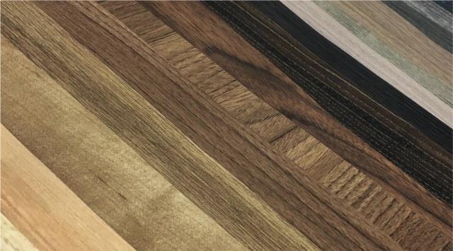 「マットシリーズ」には、ラバーの質感をモチーフにした「ソリッドカラー」、木肌の質感の「ドライウッド」、アルミやメタルを表現した「スムースメタル」、セメントやモルタルの「スムースモルタル」、工業的なイメージの「インダストリアルテクスチャー」、マーブルなどの「スムースストーン」、ファブリック調の「テキスタイル」がある(写真提供:スリーエム ジャパン)