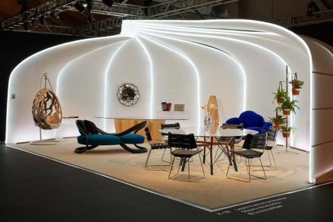 ルイ・ヴィトンが継続する家具コレクション「オブジェ・ノマド」ではアトリエ・ビアジェッティや吉岡徳仁氏の新作を発表(写真/James Harris)