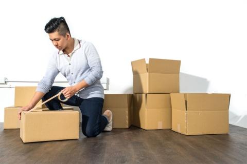 引っ越しのハイシーズンが目前に迫っている(写真/Shutterstock)
