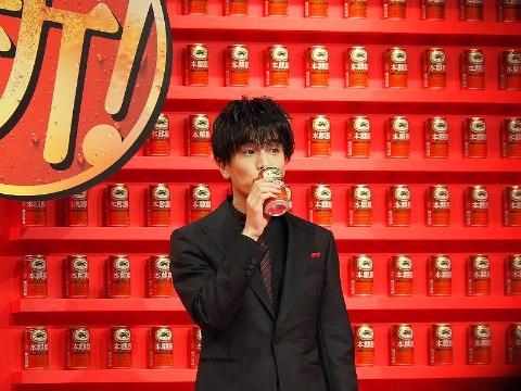 EXILE TRIBEの岩田剛典など若者を起用したイベントも開催し、幅広い年齢層へアピールする