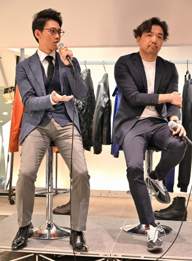 スターフライヤーの遠藤岳春氏(左)と、デザイナーの橋本淳氏