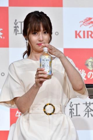 「午後の紅茶 ザ・マイスターズ ミルクティー」CMキャラクターの深田恭子