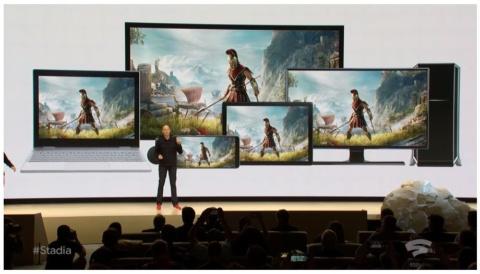 「Game Developers Conference 2019」ではスマートフォン、タブレット、パソコンで同じゲームができることをアピールした(出典:YouTube「Google GDC 2019 Gaming Announcement」)