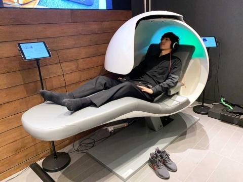 仮眠専用チェア「EnergyPod(エナジーポッド)」が、蔦屋家電+で最高額の190万円(税別)