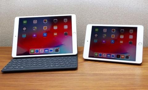 進化した新しいiPad Air(写真左)とiPad mini(右)。実機を使って、新サービスとの関係性をチェックした