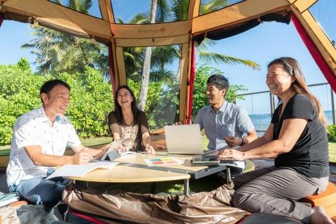 JTBとスノーピークビジネスソリューションズは、ハワイで休暇と仕事を両立できるワーケーションサービスを開始した