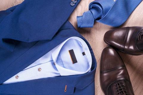 「働き方」改革が叫ばれるなか、ユニクロは「働着方」を調査した(写真/Shutterstock)