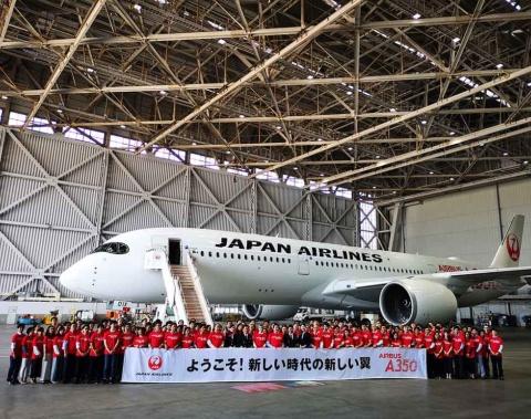 JALのA350はファーストクラス12席、クラスJ94席、普通席263席で、合計369席の大型機だ