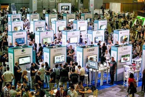 展示会場では、イスラエルの注目スタートアップがひしめく(出典/エコモーション2019公式サイトより)