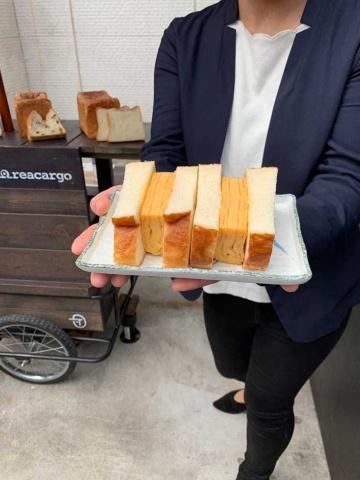厚焼きの卵焼きをパンに挟んだサンドイッチを提案。卵焼きは甘しょっぱい東京風