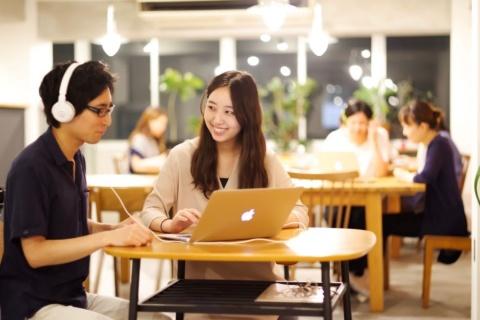 「第二語習得研究」に基づくトレーニングにより、短期間で飛躍的に英語力を伸ばせると評判のイングリッシュカンパニーが強力なツールを手に入れた