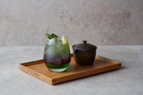 日本茶を使った創作ドリンクも用意