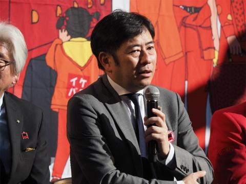 運行管理を担当するWILLER代表取締役の村瀬茂高氏。短距離間のバスを運行するのは同社にとって初めて。来たるべきMaaSへ向けた布石でもある