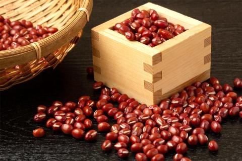 伸び率トップ「乾燥豆」のリード役は小豆だった(写真/Shutterstock)