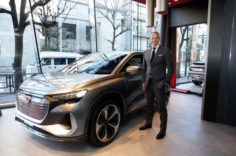 ブランドストア「Audi House of Progress Tokyo」には「Q4スポーツバックe-tron」のコンセプトモデルが日本で初めて展示された