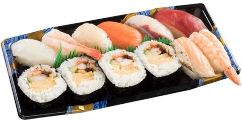 JR芦屋テイクアウト店で人気だった「寿司盛り合わせ」は12貫入りで650円