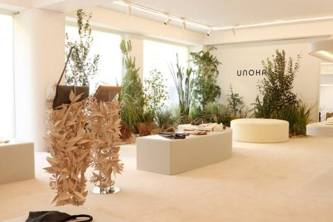 サステナブルを重視した女性向けライフスタイルブランド「UNOHA(ウノハ)」の商品をECサイトおよび期間限定ポップアップストアで販売開始。ラウンジウエア、バッグ、シューズなどをそろえる
