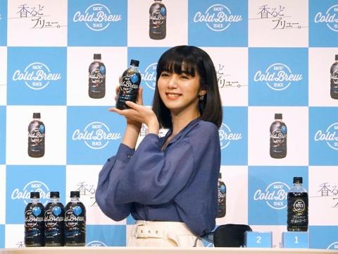 イメージキャラクターを務める、女優の池田エライザ