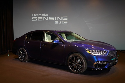 ホンダが2021年3月5日に発売した「レジェンド」には、自動運転レベル3に該当する運転支援機能、「Honda SENSING Elite(ホンダ センシング エリート)」が搭載されている(写真/大音安弘)