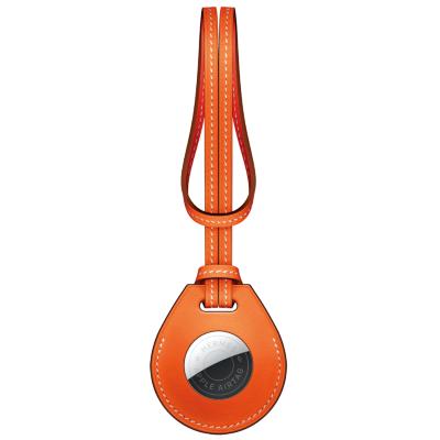 アクセサリーも販売。これはエルメス製のバッグチャームで3色ある(画像はhttps://www.apple.com/)