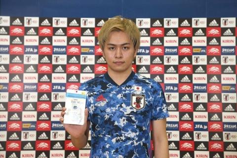 キリンホールディングスとして「iMUSE eye KW 乳酸菌」を「サッカーe日本代表公式機能性表示食品」として、e日本代表選手に提供