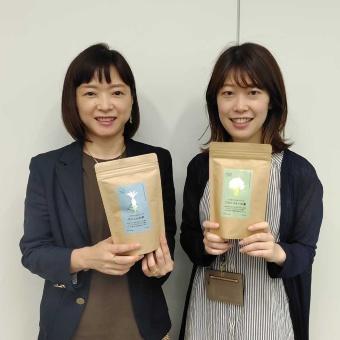 オイシックス・ラ・大地の東海林園子氏(左)と三輪千晴氏(右)