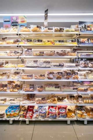 「ファミマのコロネ」シリーズは配置する棚の面積を広げ、消費者に「選ぶ楽しみ」を訴求する戦略だ