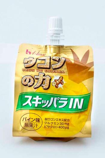 「ウコンの力 スキッパラIN」(税込み250円)。ハウスウェルネスフーズ「ウコンの力」のゼリー版。クルクミン30㎎を配合。パイン味