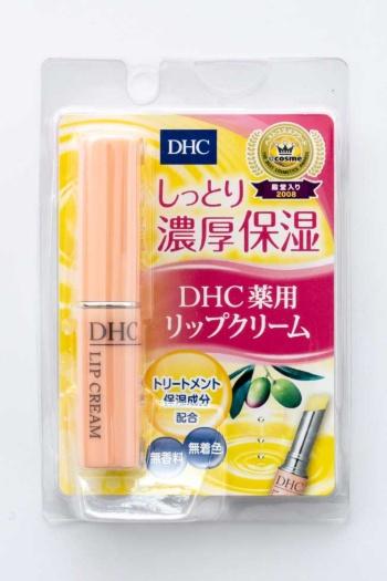 「DHC 薬用リップクリーム」(税込み735円)。オリーブバージンオイルやアロエエキス、甘草誘導体やビタミンEなどの保護成分を配合