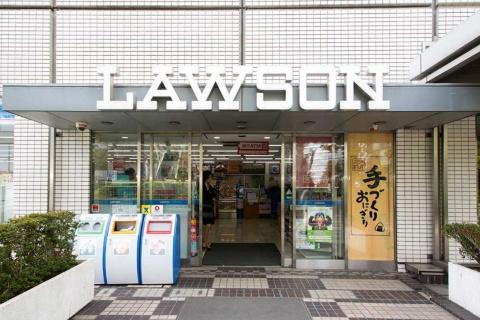 JR大崎駅直結の複合施設「大崎ニュー・シティ」内のオフィスビルに併設。ビジネスパーソンの利用も多い