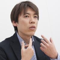 今回の企画を統括する、ソニー・岡本氏