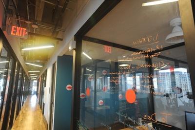 こちらはプライベートオフィスのスペース