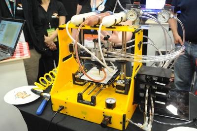 BeeHexの3D食品プリンター試作機