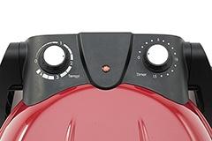 操作ダイヤルは温度調節とタイマーのみでシンプル