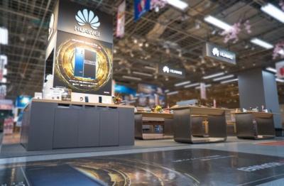 ヨドバシカメラ マルチメディアAkiba内のファーウェイ・ショップ。写真はファーウェイのプレスリリースより