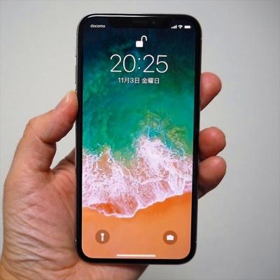 有機ELにまつわるトラブルとしては、2017年発売の「iPhone X」が、ディスプレーの供給不足のために品薄状態が1カ月以上も続いたことが記憶に新しい