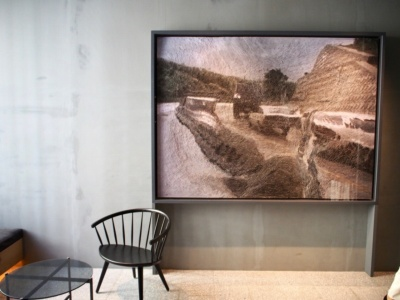 XL、L、Mタイプの客室には、アーティストユニット「ネルホル」の作品が展示されている。現代アートに造詣が深いストライプインターナショナル石川康晴社長によるセレクトだそう