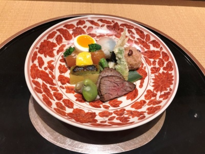 「南禅寺 瓢亭」の料理の一例。昼は7000円の点心コース(6品)から、夜は1万8000円の懐石コース(9品)から