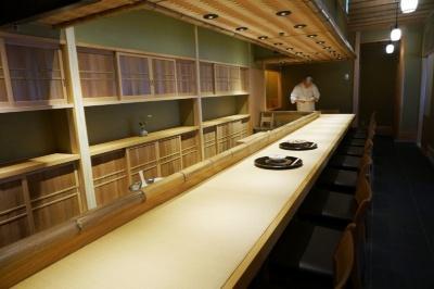 「南禅寺 瓢亭」のカウンター席