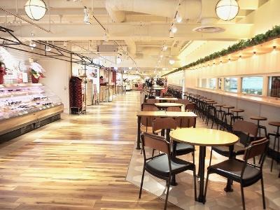 約300坪に食料品専門店、スイーツショップ、台湾ティー専門店、日本酒が飲める店など6店舗が出店した天王寺ミオ プラザ館の「ミオえきッチン」