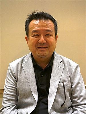 日本で「ソルビン」を運営するエンポリオの鈴木一郎社長。「ソルビンはかき氷ではなく、『ソルビン』という全く新しいスイーツ」だという