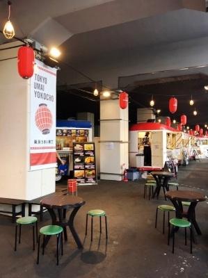 毎月テーマが変わり、そのテーマの人気店がキッチンカーで出店。7月のテーマである「餃子」に出店している8店は、いずれも「餃子フェス」のお墨付き店だという