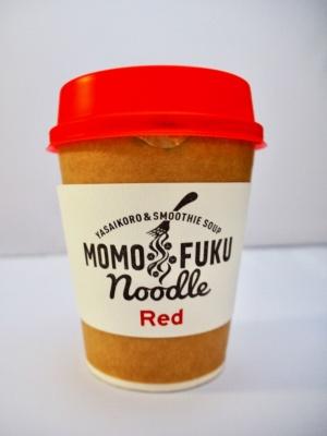 「おいしくて、簡単で、保存ができて、手ごろな価格で、安全で衛生的」という、創業者が定めた即席麺開発5原則を受け継ぎながら、新発想を取り入れた新商品「モモフクヌードル」