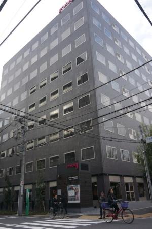 11月1日にオープンした「モクシー東京錦糸町」(墨田区江東橋3-4-2)。延べ床面積7465.68平米、地下1階、地上10階。客室数は205室